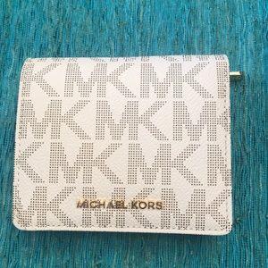 Michael Kors Carryall Card Case Wallet